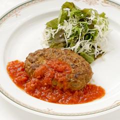 【金曜日】ハンバーグトマトソース