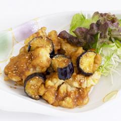 【土曜日】鶏天と茄子の味噌ソース