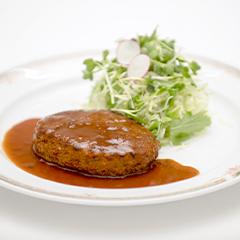 【月曜日】ハンバーグデミグラスソース